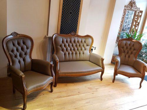 Minkštu baldu restauravimas remontas