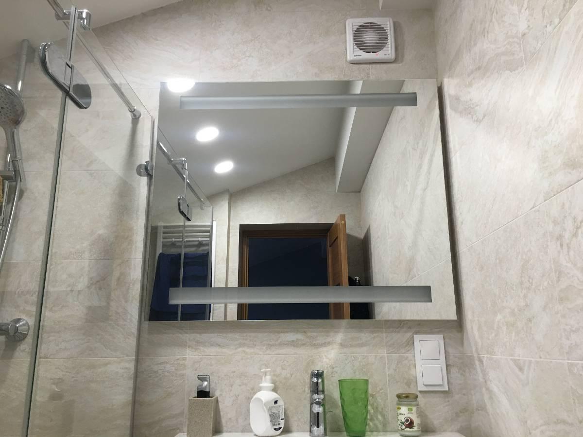 Stiklai ir veidrodžiai Jūsų interjerui