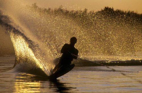 Pramogos vandens motociklu