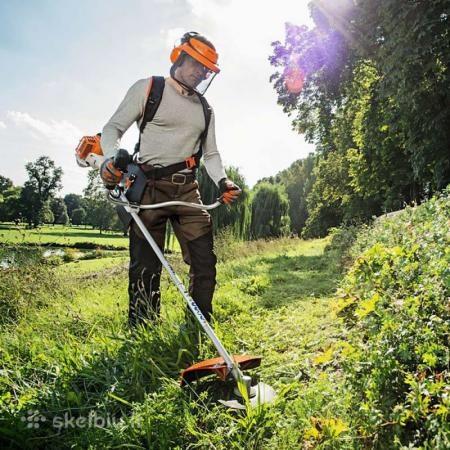 Pjaunu žolę Marijampolėje