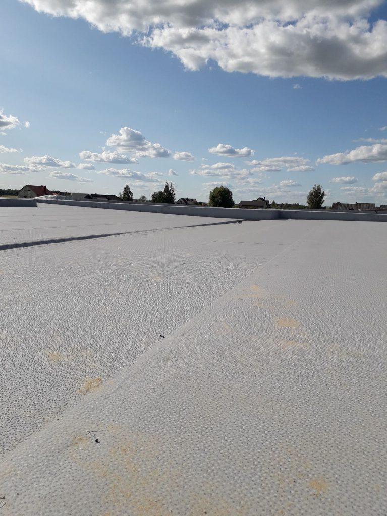 Dengiame stogus PVC ir bitumine dangomis, formuojame nuolydzius, garantinis, saskaitos.