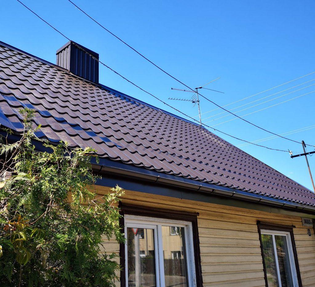 Dengiame šlaitinius stogus, remontuojame, renovuojame, statome gegnes, skardiname