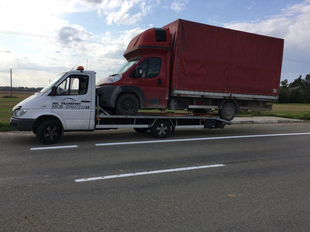 Automobiliu,kitos tehnikos,bei įvairių kroviniu pervezimas 7-24