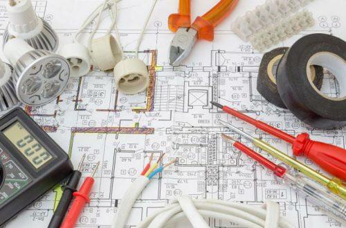 Elektros ir silpnųjų srovių tinklų įrengimas